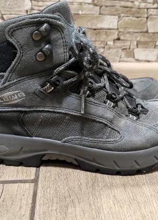 Трекиновые термо ботинки lowa gore tex