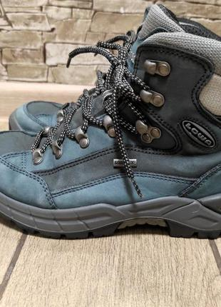 Трекинговые термо ботинки lowa gore tex