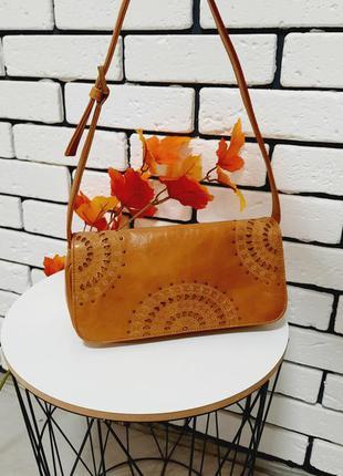 Шикарная сумочка из натуральной кожи aurielle