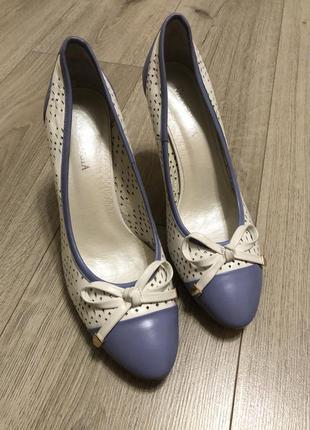 Кожаные туфли , 25 см , каблук 11 см