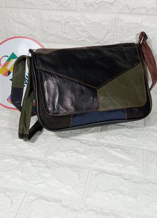 Женская кожаная сумка разноцветная черная зеленая темная с кусков кожи кроссбоди