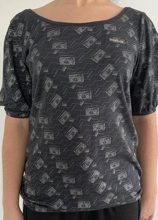 Футболка серая, футболка reebok, оригинальная футболка сіра футболка в принт.