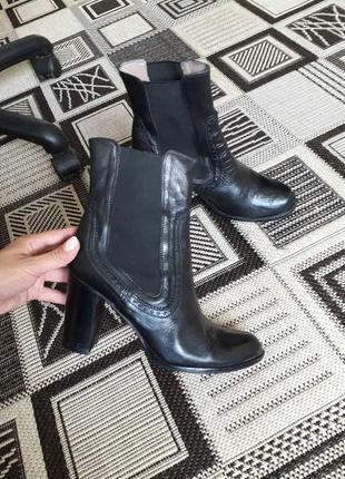 Натуральная кожа ботильоны ботинки сапожки на каблуке черные