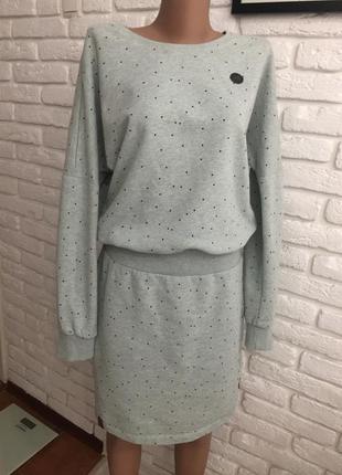 Тёплое платье на флисе naketano