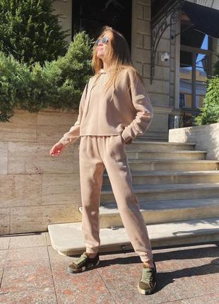 Женский спортивный костюм комплект худи с капюшоном штаны на флисе тёплый зимний оверсайз беж бежевый светлый