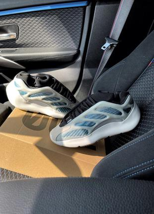 Adidas yeezy boost 700 v3 kyanite кроссовки