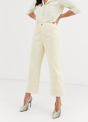Светло-бежевые вельветовые укороченные брюки с широкими штанинами vero moda, размер l