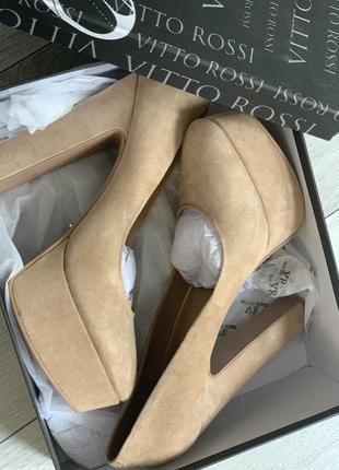 Замшевые туфли 40 размер
