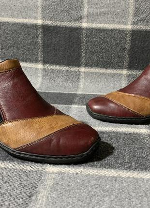 Женские кожаные туфли rieker