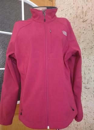 Спортивная куртка из термоткани софтшелл the  nort face р.44