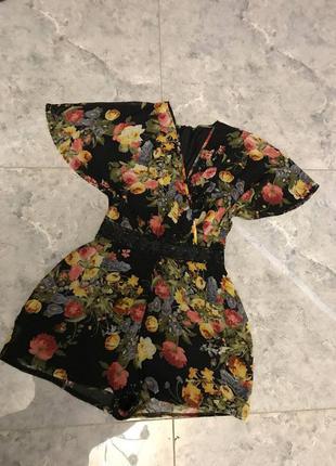 🆘🔥последняя цена до 30 сентября 🆘🔥  черный шифоновый ромпер в цветы