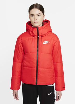 Женская куртка nike sportswear therma-fit repel dj6997-673