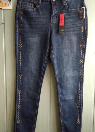 Стильные джинсы новые из сша с декором