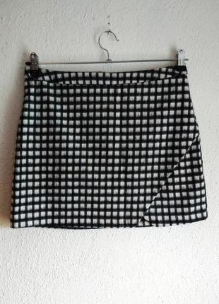 Стильная юбка с шерстью в составе