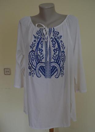 Красивая блузочка вышиванка свободного фасона