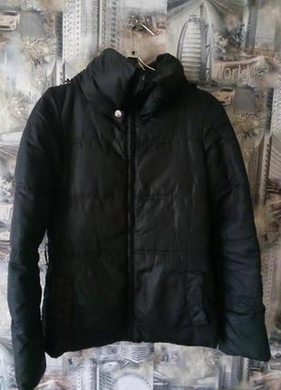 Демисезонная курточка,куртка
