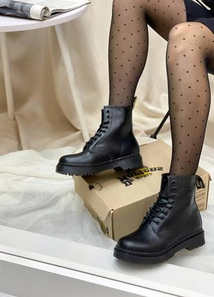 🍂 демисезонные женские ботинки dr. martens 1460 total black logo