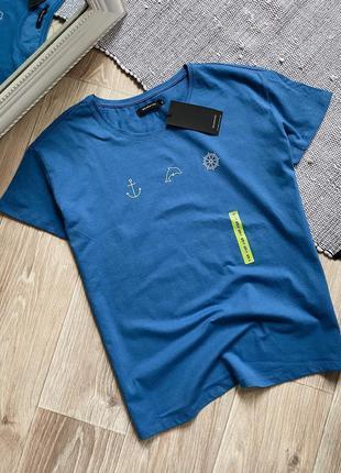 Синяя футболка с принтом reserved