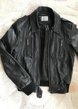 Укорочённая куртка из натуральной кожи