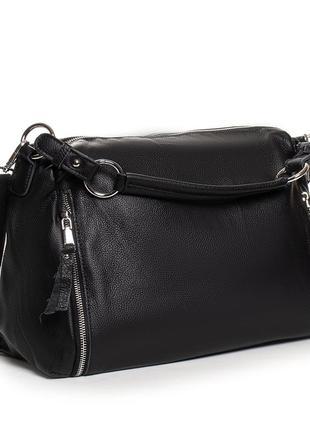 Женская кожаная сумка изготовлена из натуральной мягкой кожи