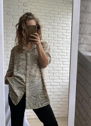 Блузка с коротким  рукавом анималистический принт