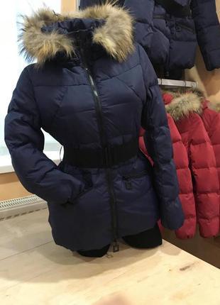 Стильная зимняя куртка пуховик adesto с ремнём