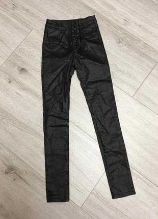 Стильные брюки лосины
