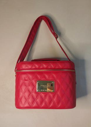 Кейс чемодан сумочка