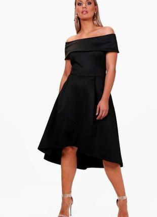 Boohoo чёрное платье ассиметрия миди с открытыми плечами свободное классическое