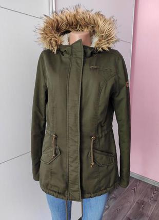Парка зимняя куртка темно-зеленого цвета хаки теплая с теплым капюшоном и карманами only m