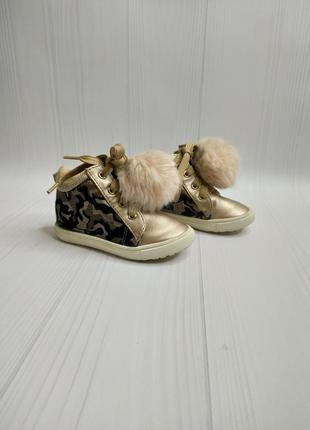 21р. ботиночки на девочку river island