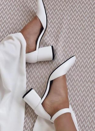 Новые кожаные туфли, туфли на свадьбу, туфлі на весілля