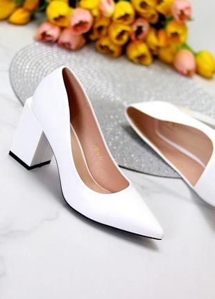 Женские белые туфли эко кожа