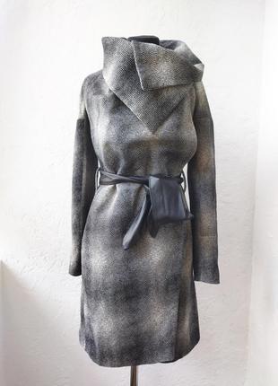 Женское серое пальто raslov