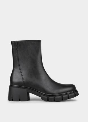 Жіночі оригінальні черевики m wone в діловому стилі  / оригинальные женские ботинки m wone