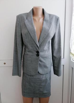 Костюм женский серый двойка пиджак юбка