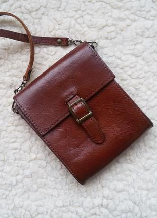 Маленькая кожаная сумка кросс боди