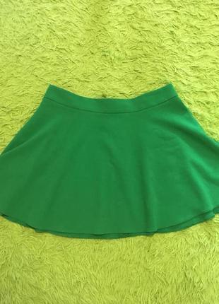 Зеленая юбка клеш солнце