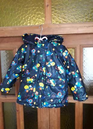 Качественная курточка с позитивным рисунком на мальчика 2-3 года george