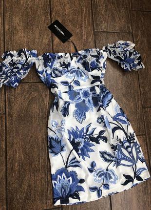 Новое летнее платье с бирками легкое брендовое pretty little thing