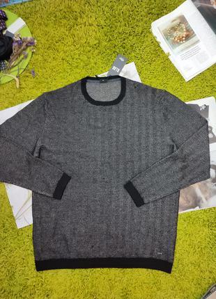 Темний , теплий , вовняний ,  текстурного вязання светр від