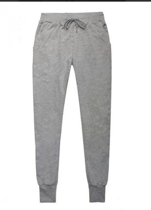 Сірі спортивні штани