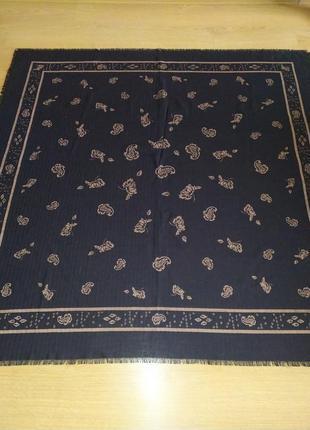 Liberty англия  роскошный огромный шерстяной платок шаль