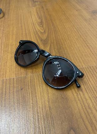 Круглые черные женские очки