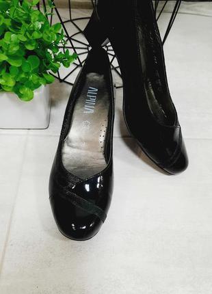 Новые туфли из натуральной кожи alpina 41 размер