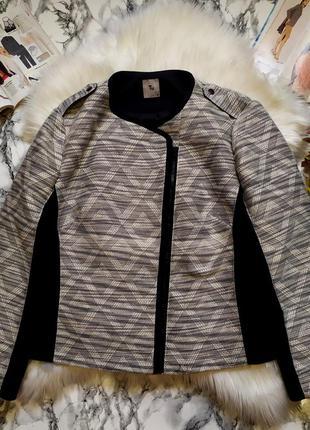 Стильный твидовый пиджак размер 5хl