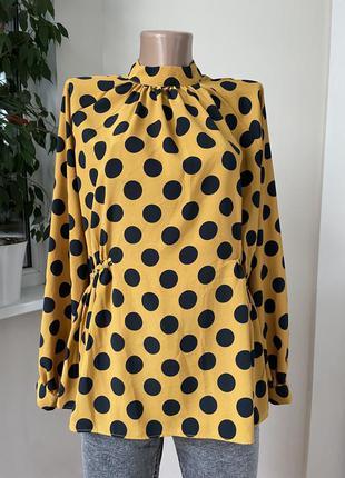 Блуза в горошки