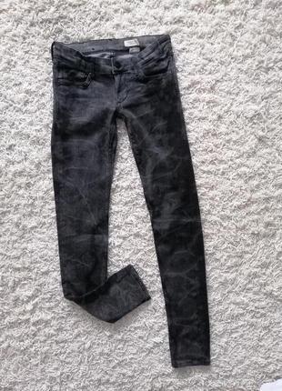 Классные женские джинсы скинни h&m 27/32 в прекрасном состоянии