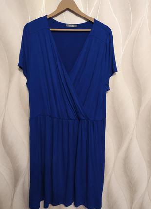 Красивое платье из вискозы с эластаном р.22