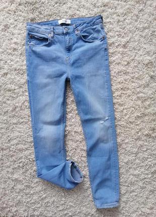 Красивые женские джинсы zara 40 (30) в прекрасном состоянии